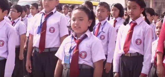 6 Years Girl Singing Padhi Lekhi